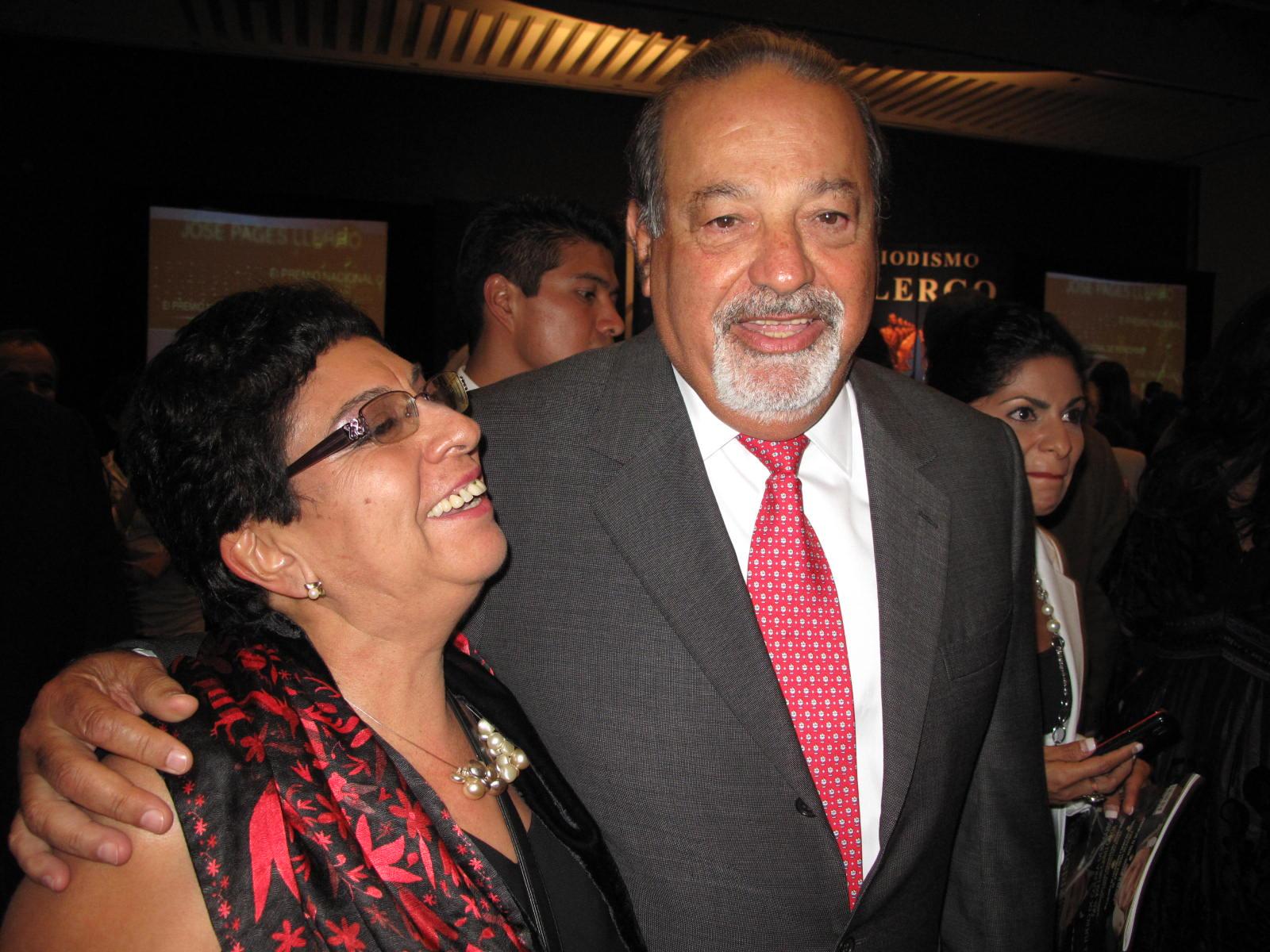 Sara Lovera y Carlos Slim